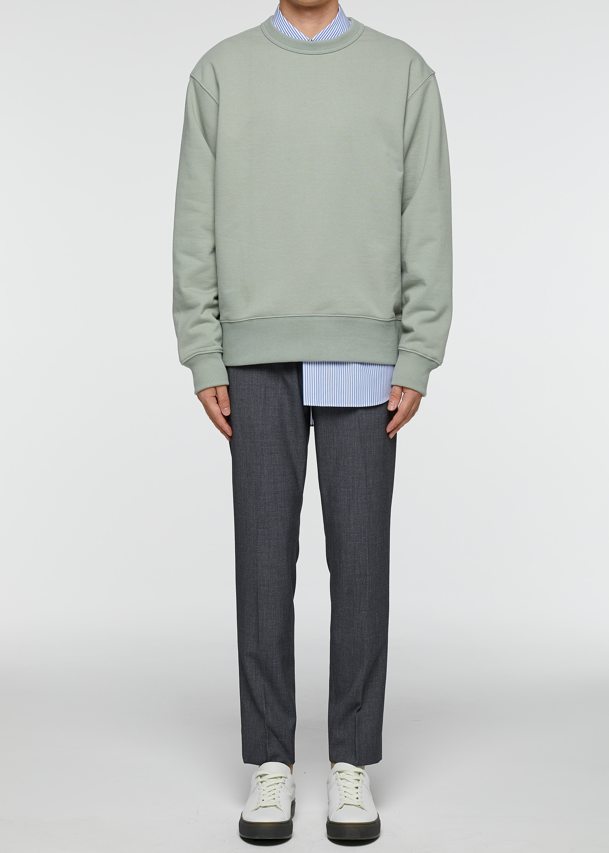 Errday Sweatshirt (Dusty Green)재입고완료